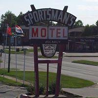 Sportsman's Motel logo