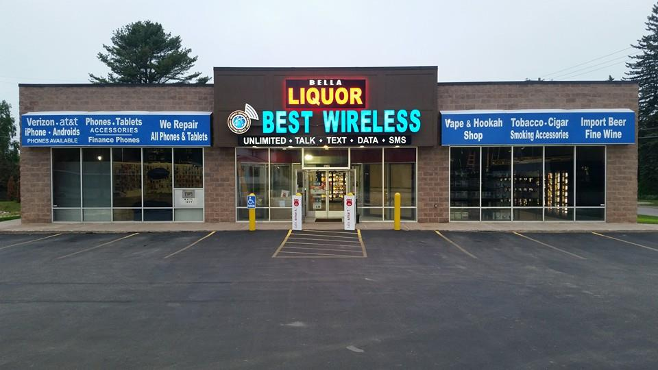 Bella Liquor & Wine Market logo